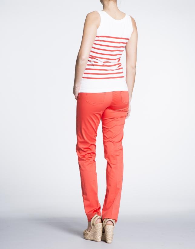 Débardeur avec motif marin rouge géranium.