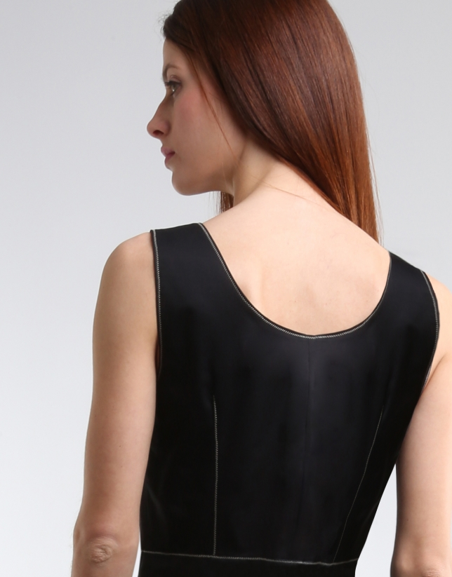 Vestido cremallera negro