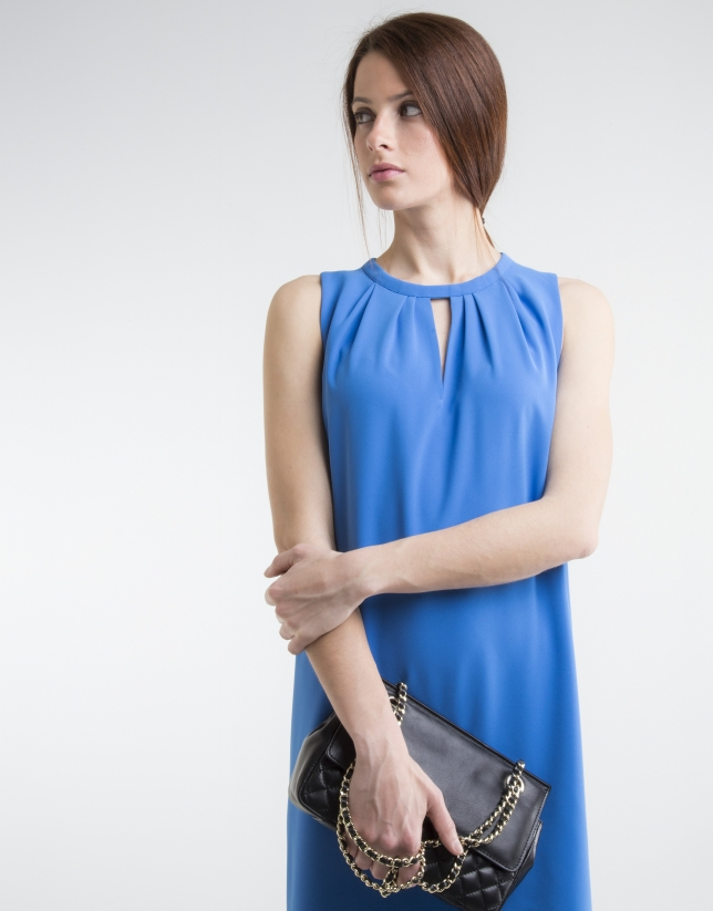 Robe bleue fluide