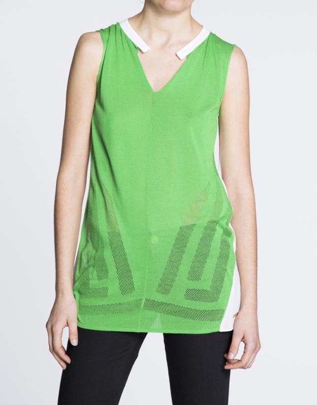 Camiseta larga de sisas en verde y crudo.