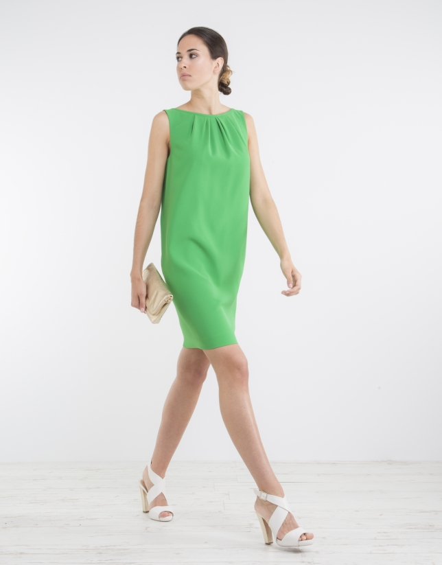 Green loose dress