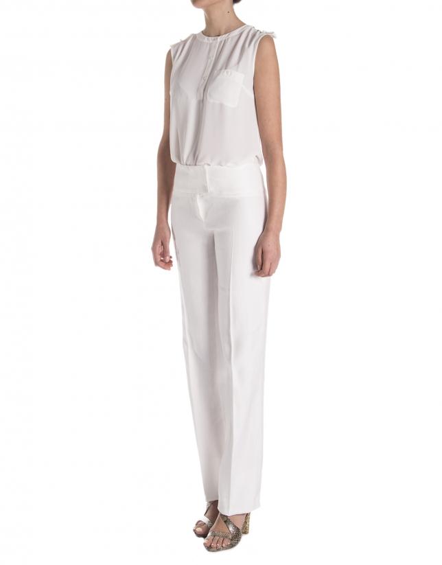 Straight white pants