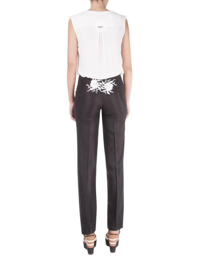 Straight embroidered pants