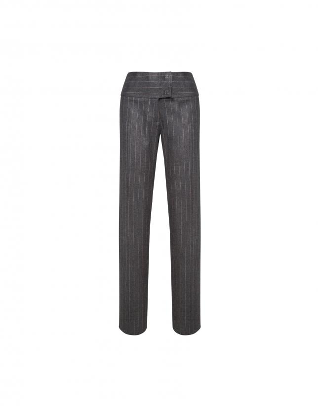 Pantalón recto gris raya diplomática beige