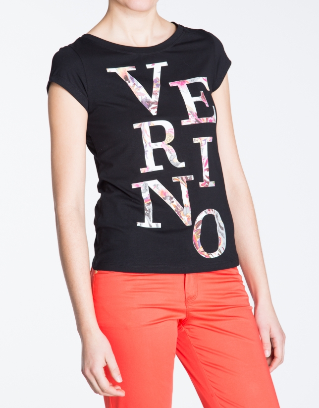 Black sleeveless  VERINO top
