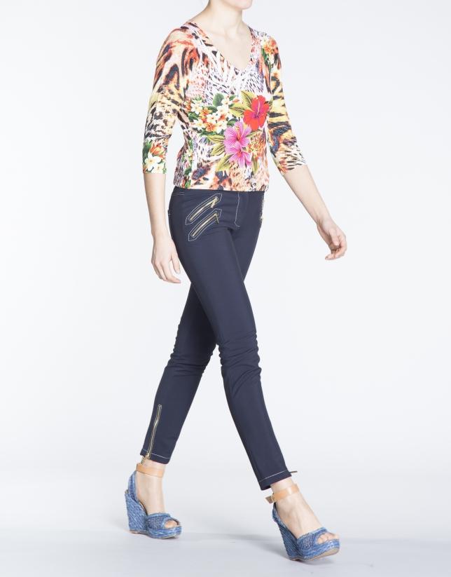 T-shirt manches trois quarts, motif floral.
