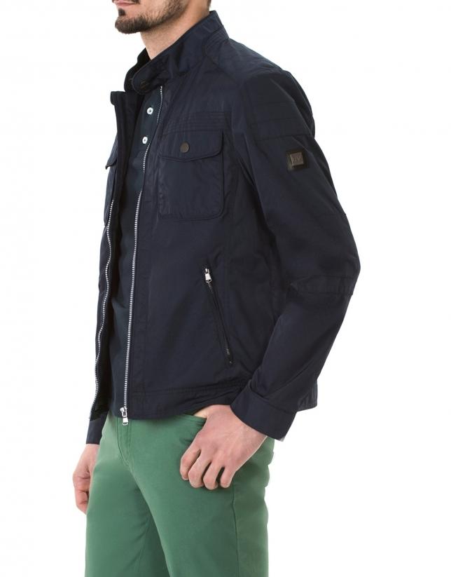 Blouson bleu à quatre poches