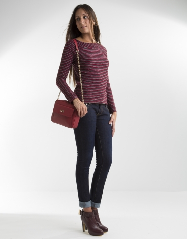 Red t-shirt with boat neck