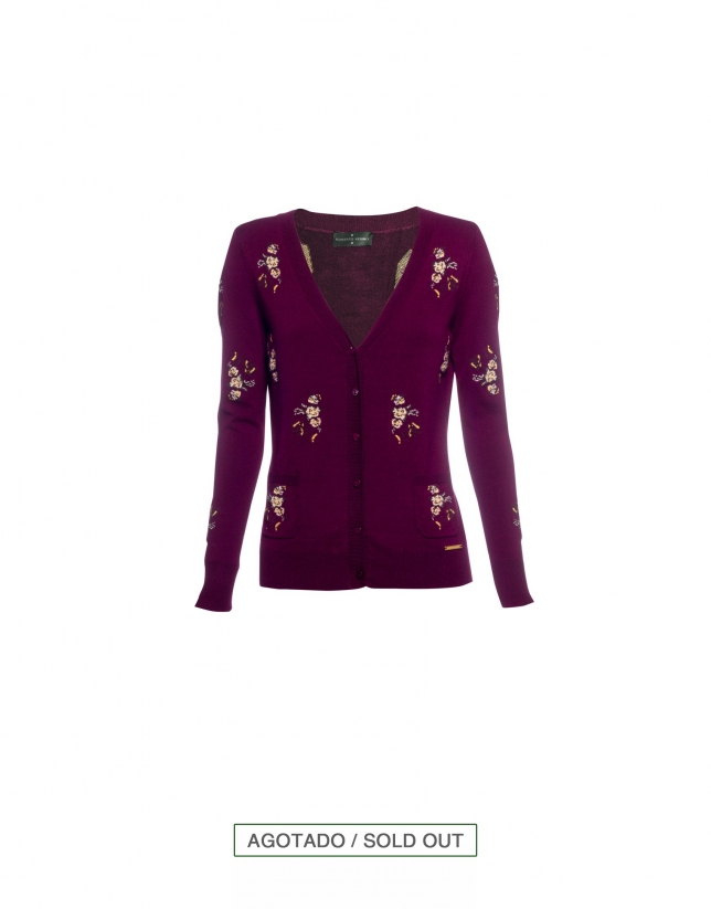 Medium v-neck cardigan in bordeaux