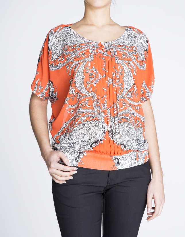Print blouse with bat sleeves