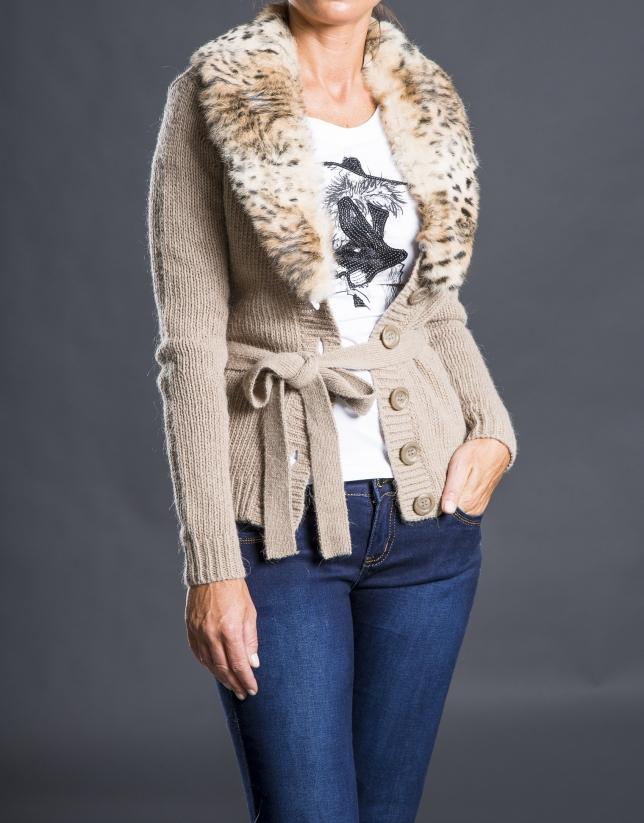 Beige jacket with rabbit fur