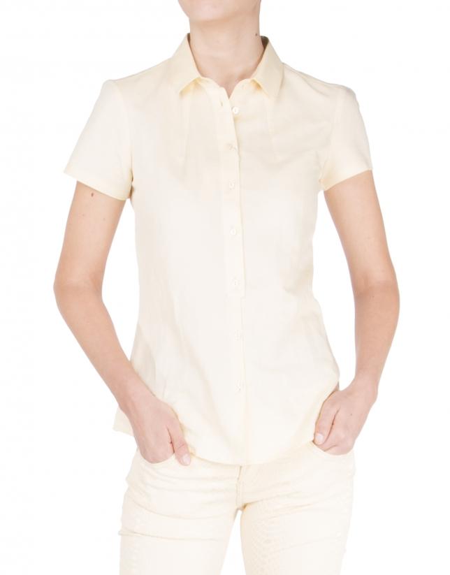 Chemise jaune à manches courtes