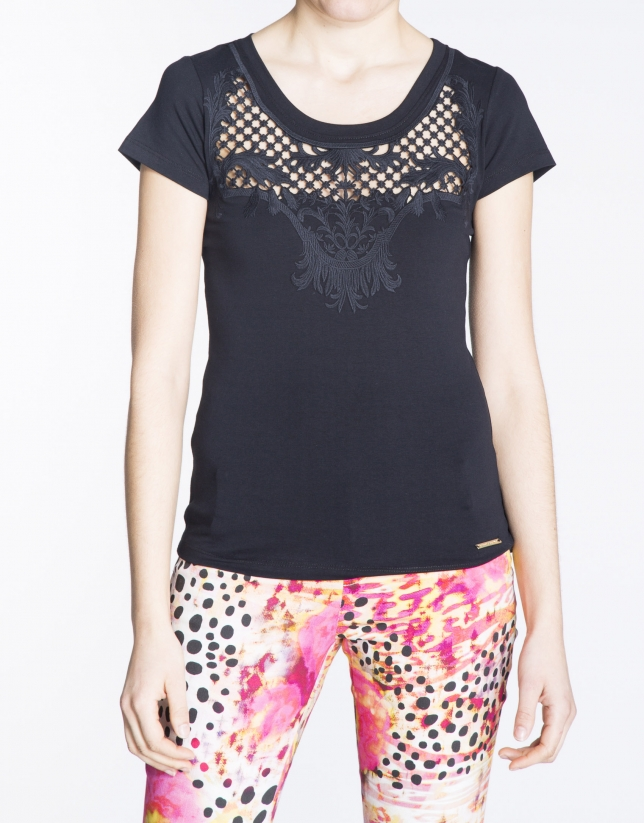 Black short sleeve lace front top