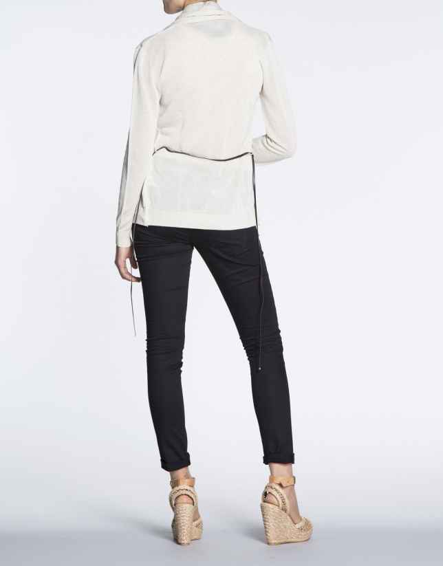 Ivory sweater with inside collar