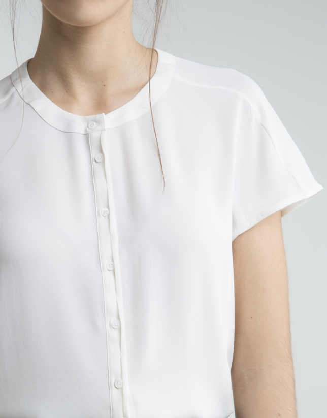 Ivory shirt with Mao collar