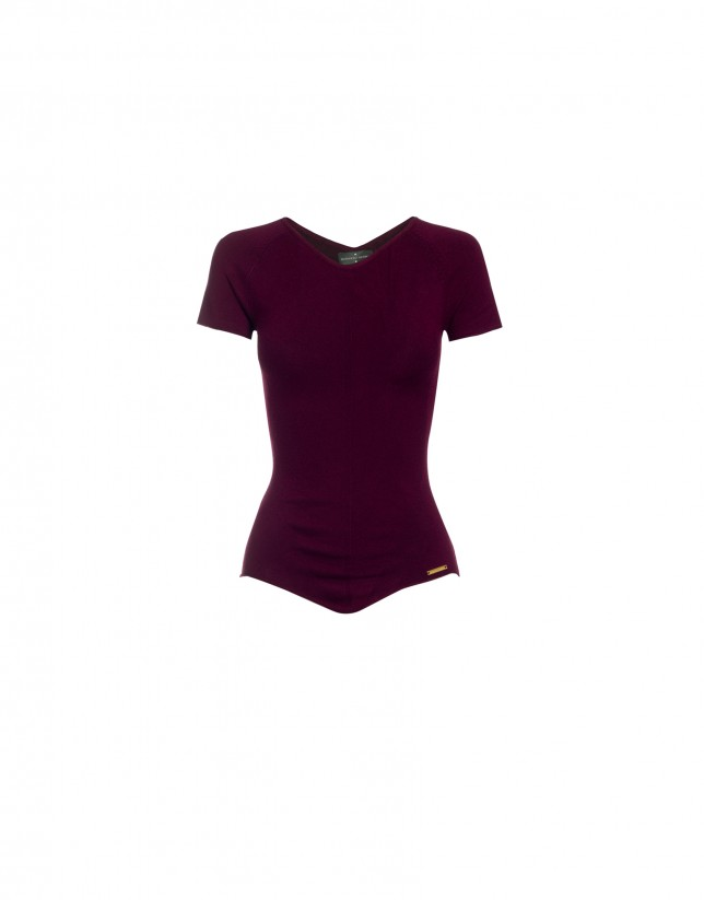 V-neck short sleeve bordeaux pullover