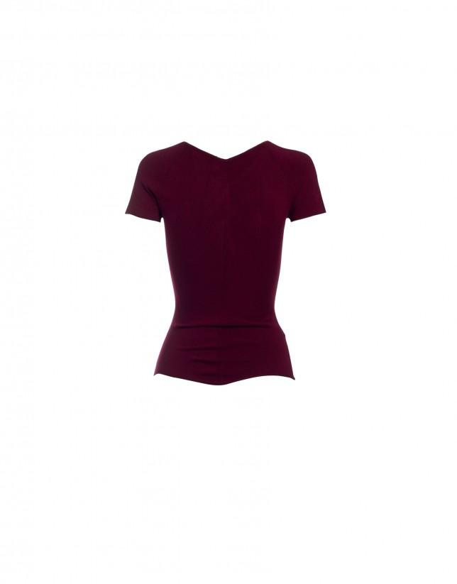 V-neck short sleeve bordeaux pullover
