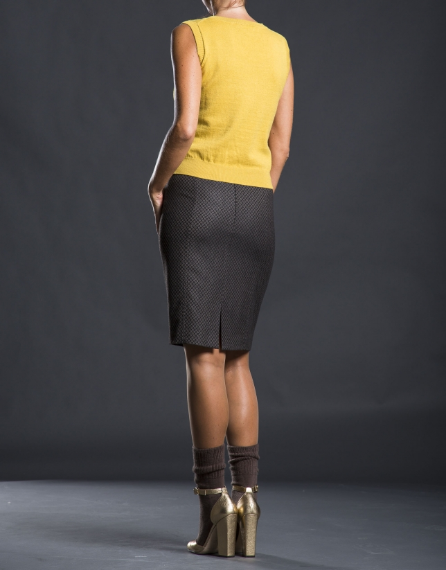 Fine knit mustard top