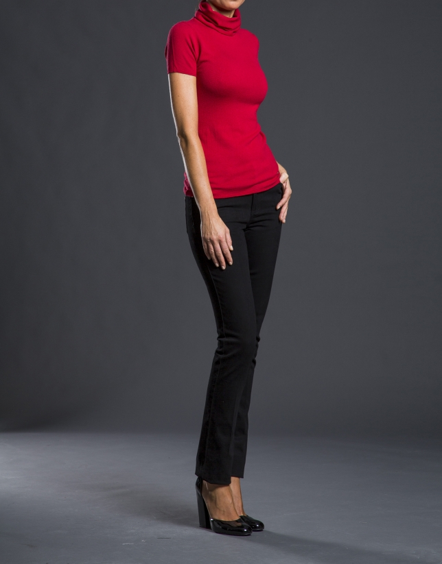 Short-sleeved coral sweater
