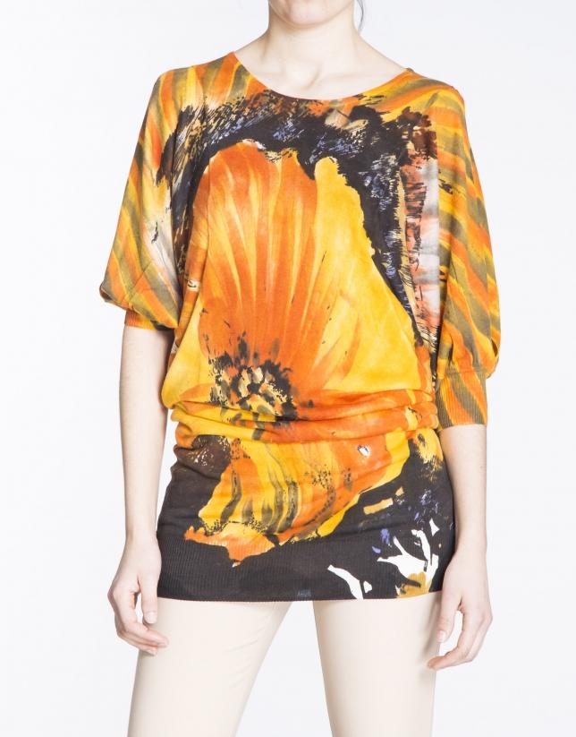 Jersey largo manga murciélago estampado floral.