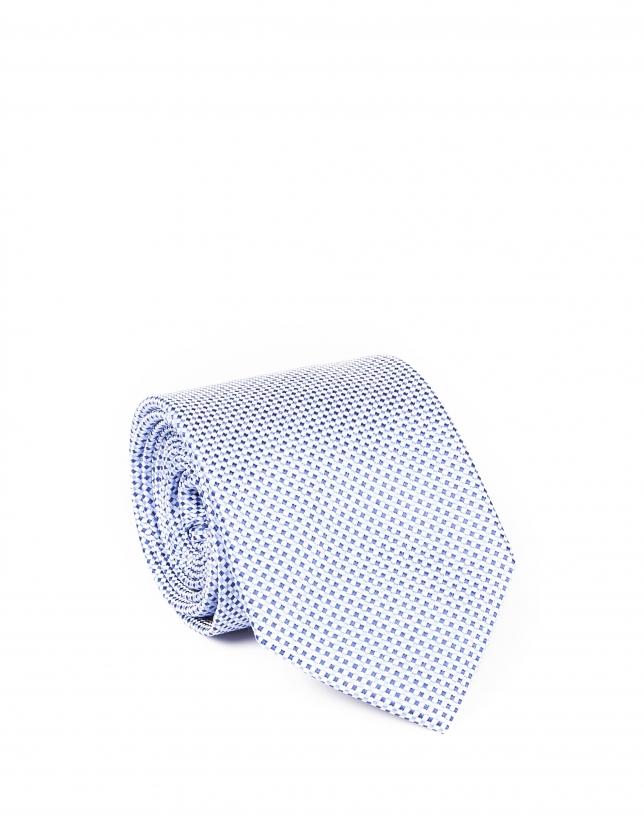 Cravate bleue à micromotifs
