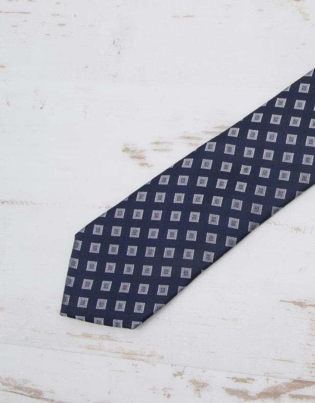 Ivory diamond print tie
