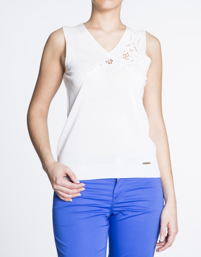 Beige V-neck top with embroidery