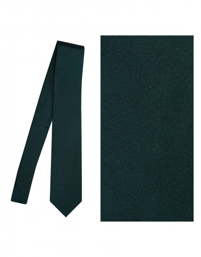 Plain emerald green tie