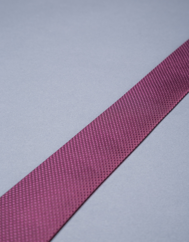 Cravate à micromotif grenat