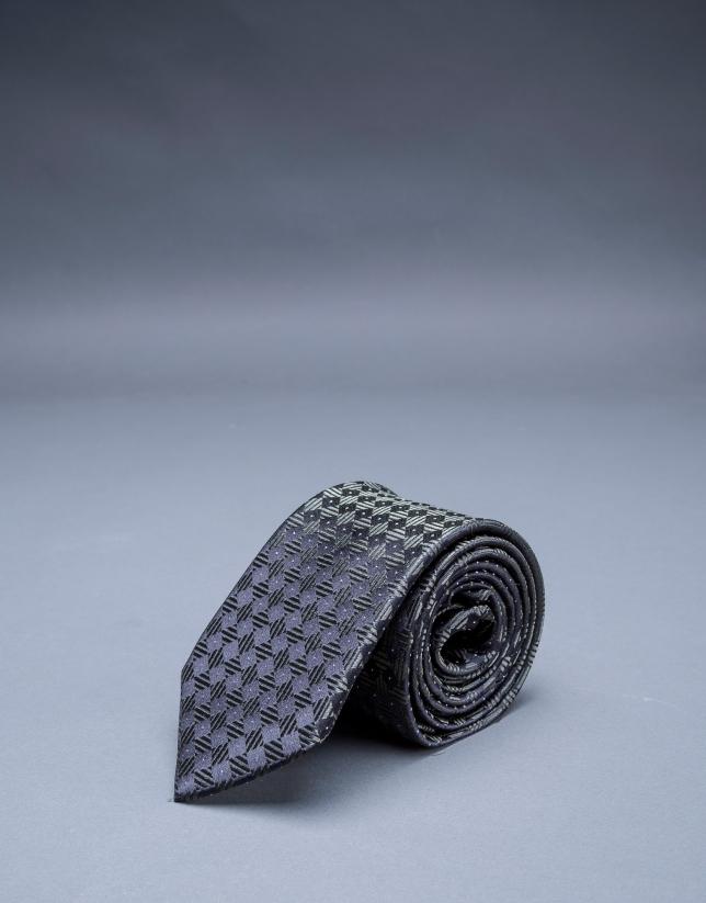 Green motif tie