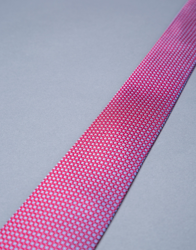 Red micro-print tie