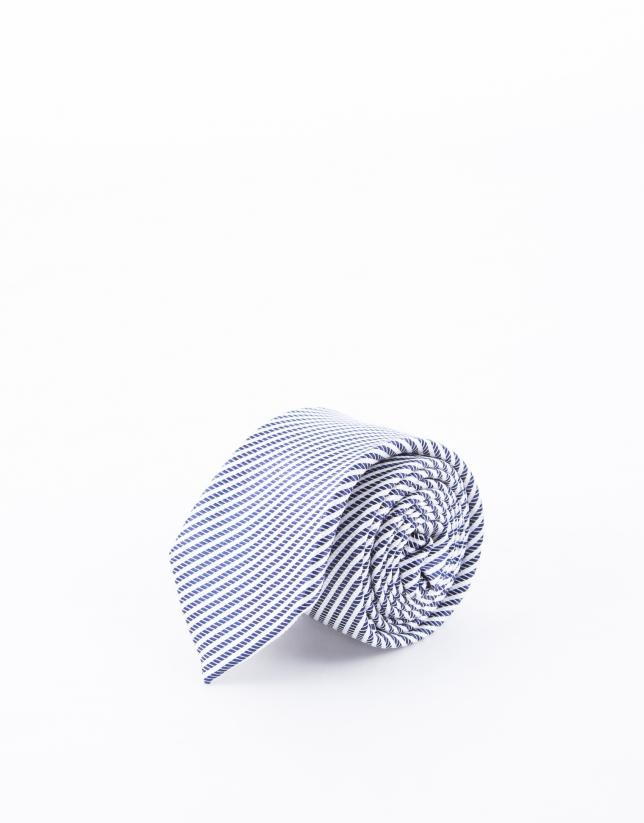 Corbata rayas  blancas y marino