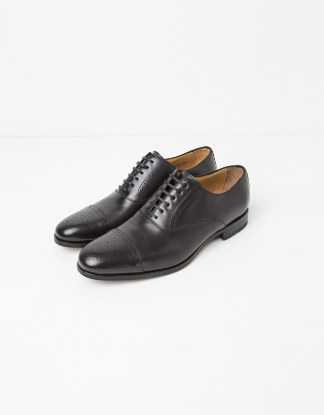 Black Oxford dress shoes