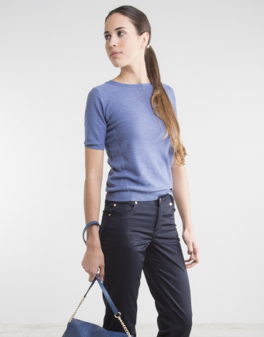 Blue sweater with short sleeves