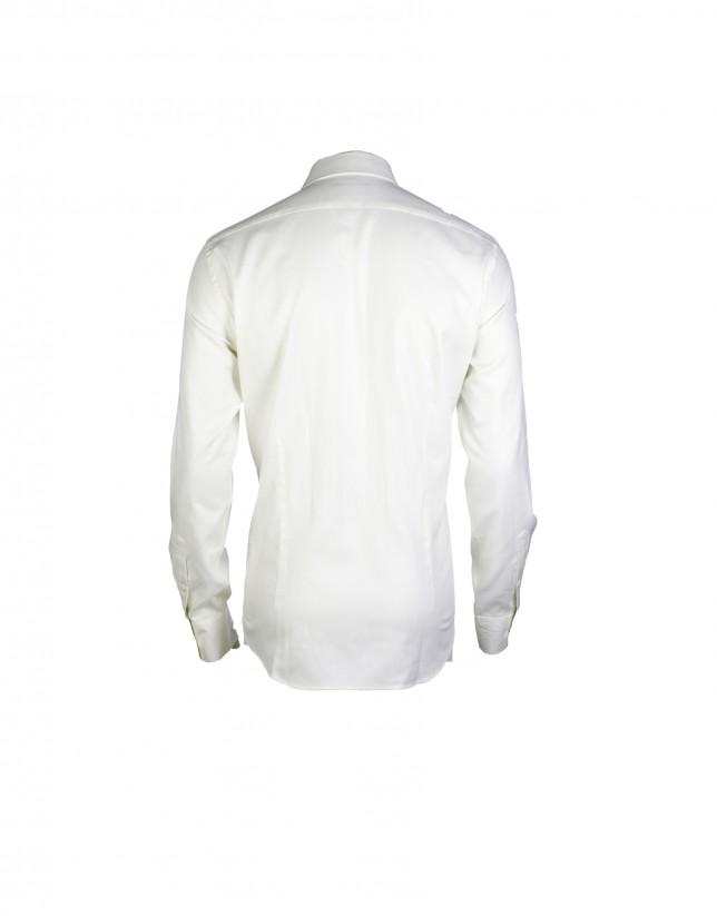 Camisa vestir crema