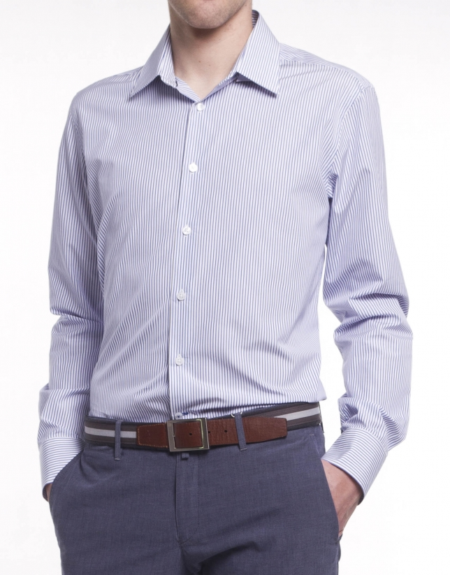 Chemise costume à fines rayures
