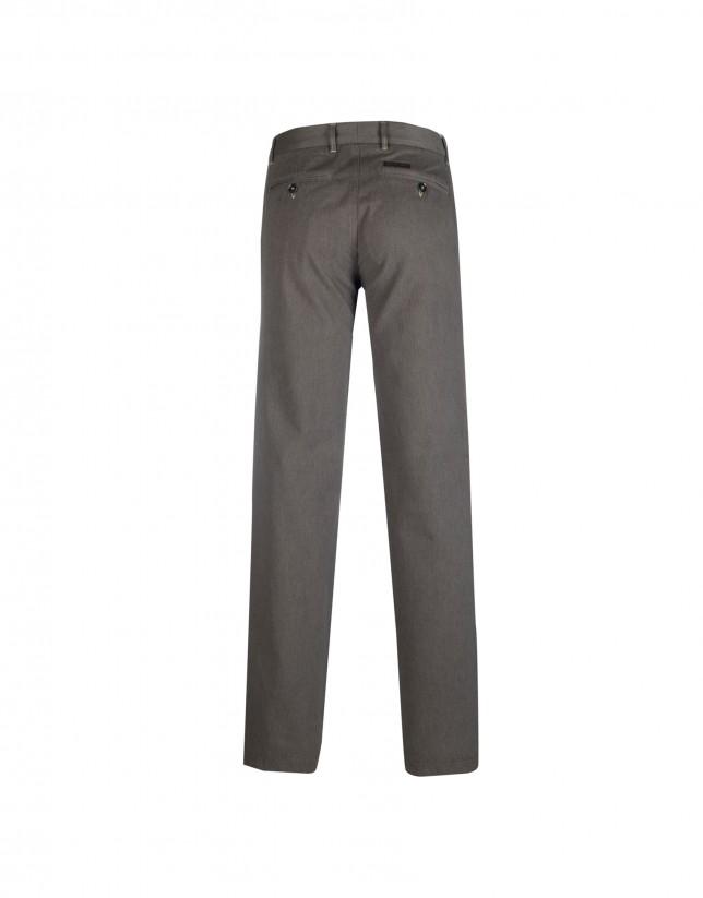 pantalón semisport marrón