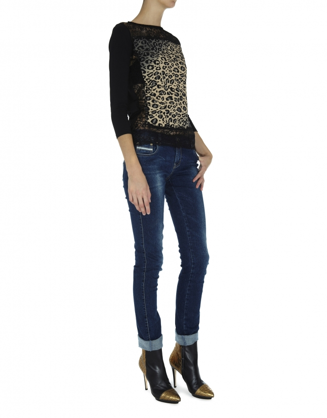 Animal print and lace top with long sleeves