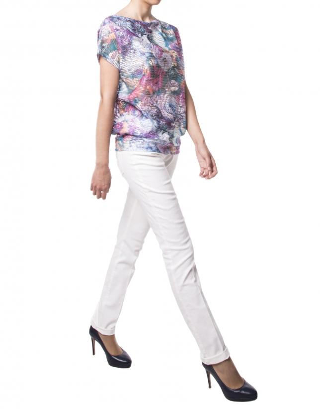 Blue floral print t-shirt
