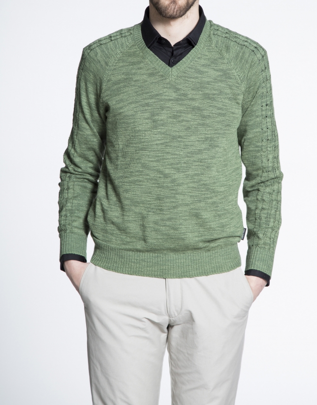 Green cable stitch V neck sweater