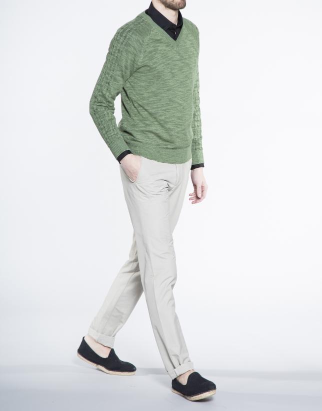 Jersey verde punto pico ochos manga