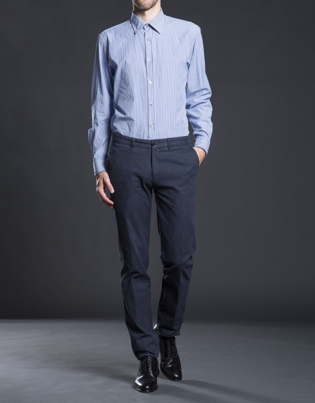 Chemise ville à rayures bleues