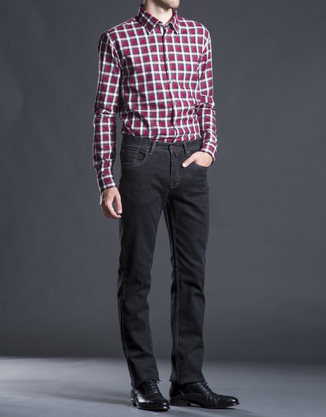 Red-gray checked sports shirt