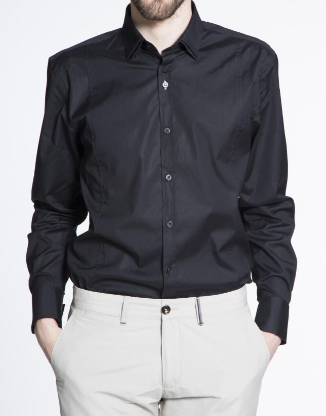 Camisa negra vestir lisa