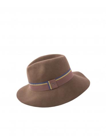 Chapeau en feutre camel