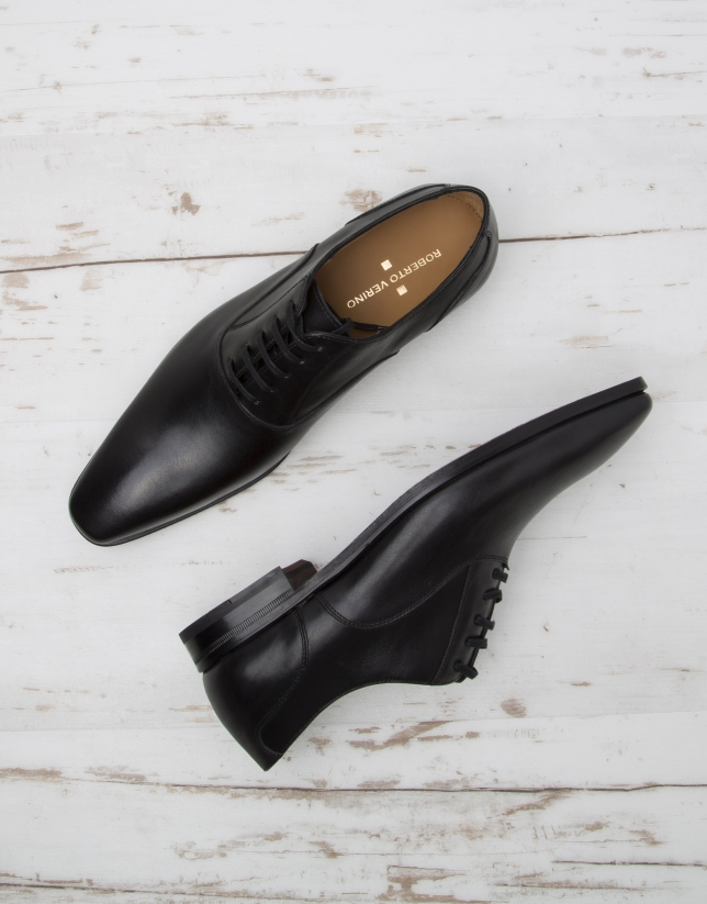 Chaussure costume noire à lacet