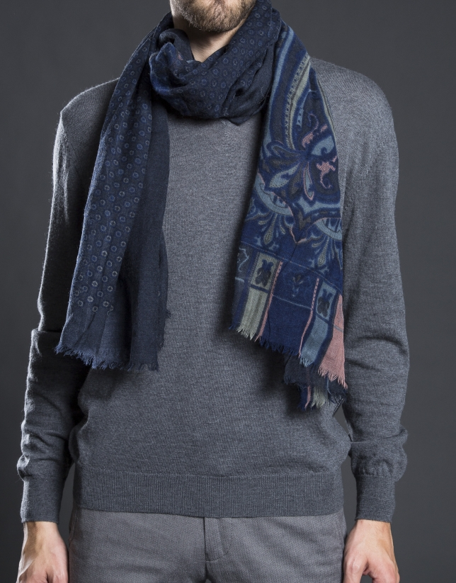 Gray and blue print scarf