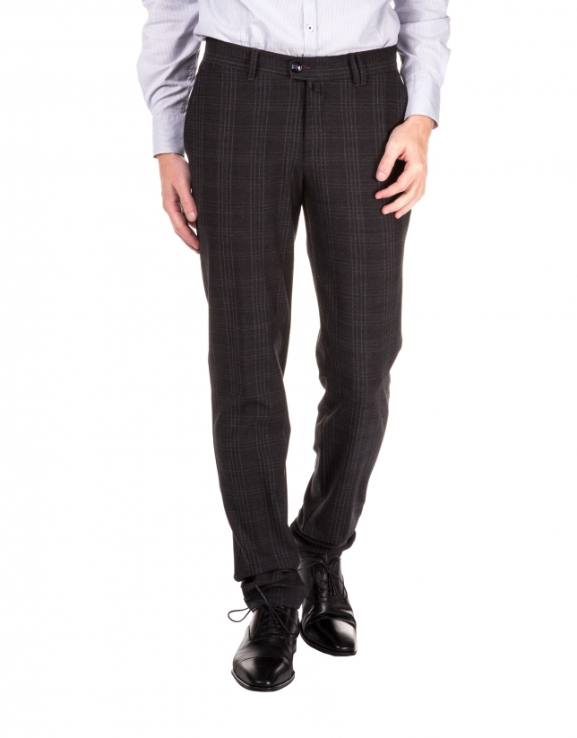 Checked sport pants