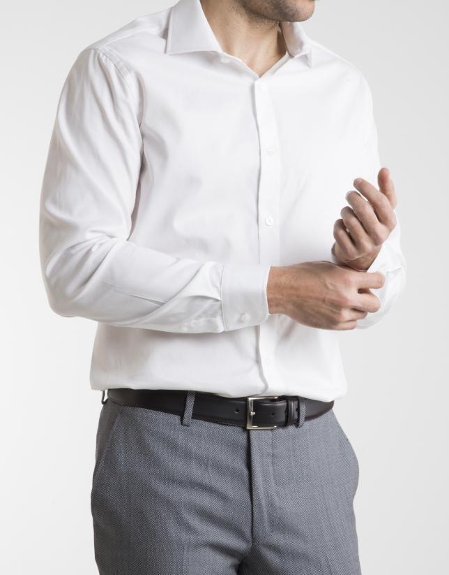 Camisa de vestir diamante blanco