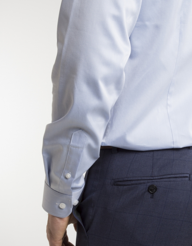 Light blue micro structured dressy shirt